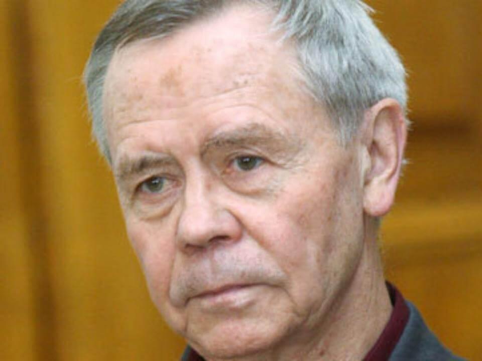 Валентин Распутин (1937 - 2015)