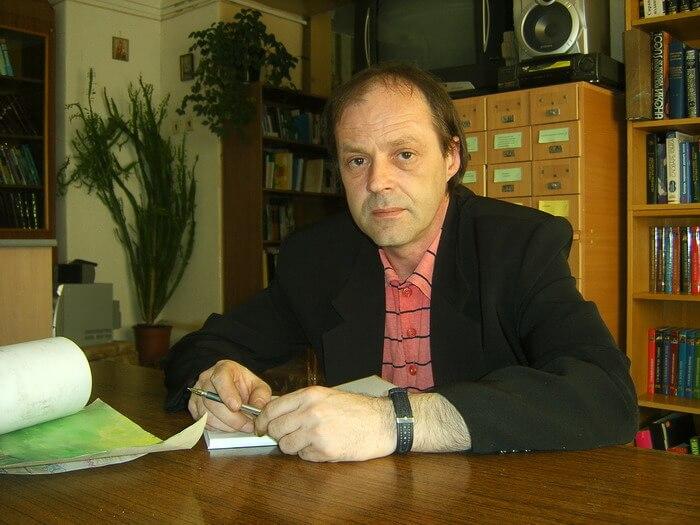Александр Ломковский